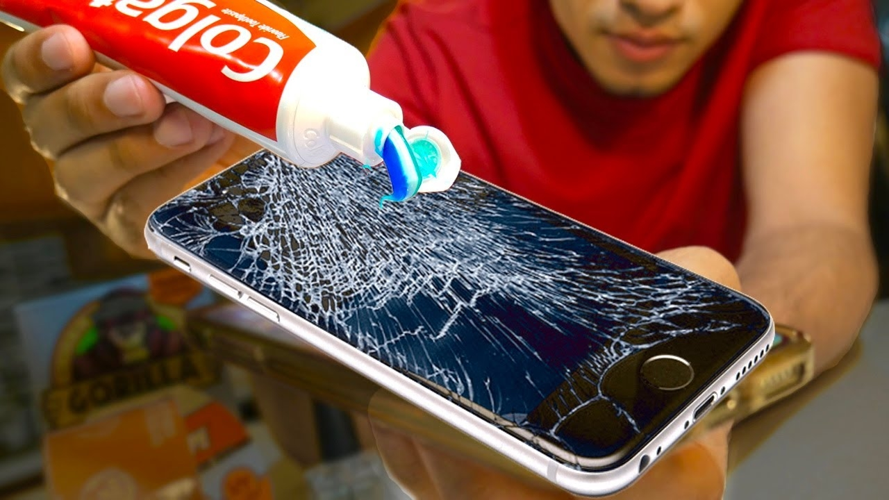 Does Toothpaste REALLY REMOVE Cracks On A Phone? Does Toothpaste Fix Cracked Screens? Nail Polish?..